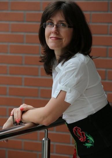 Prof. Aldona Glińska-Neweś